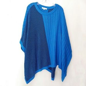 Two by Vince Camuto Black & Blue Knit Poncho